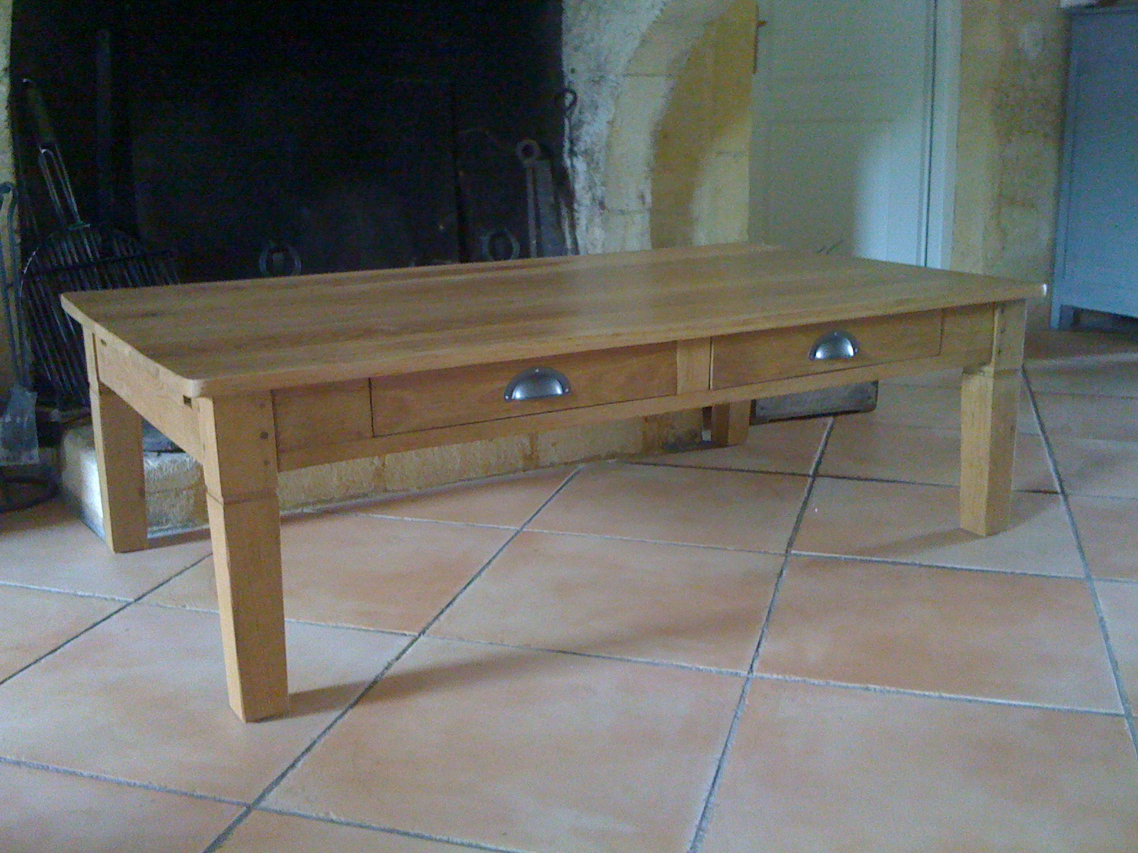 Customiser une table basse en bois for Customiser une table en bois
